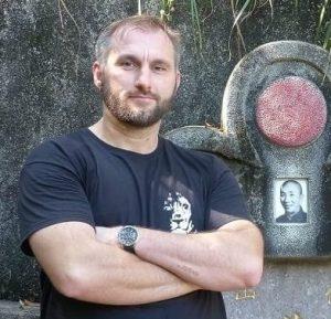 Auf dem Bild ist der Ving Tsun Trainer Michael Kostyniuk zu sehen.